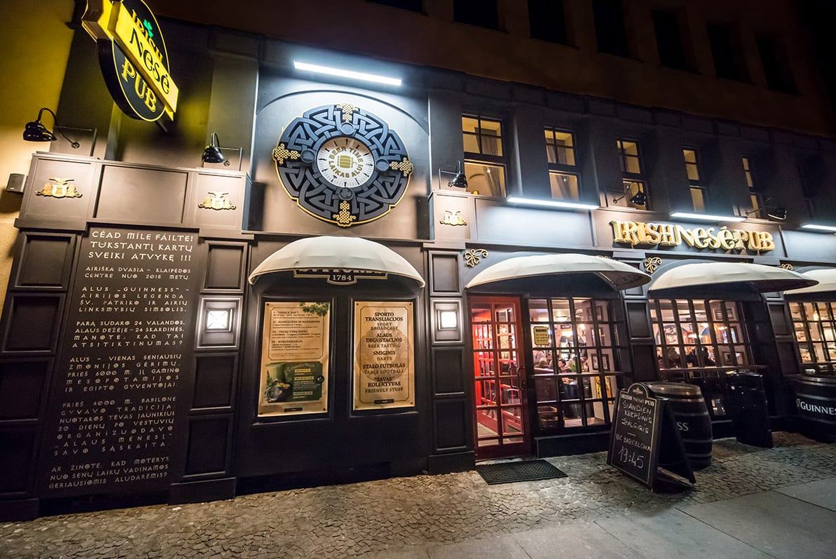 Nesė Irish Pub 1